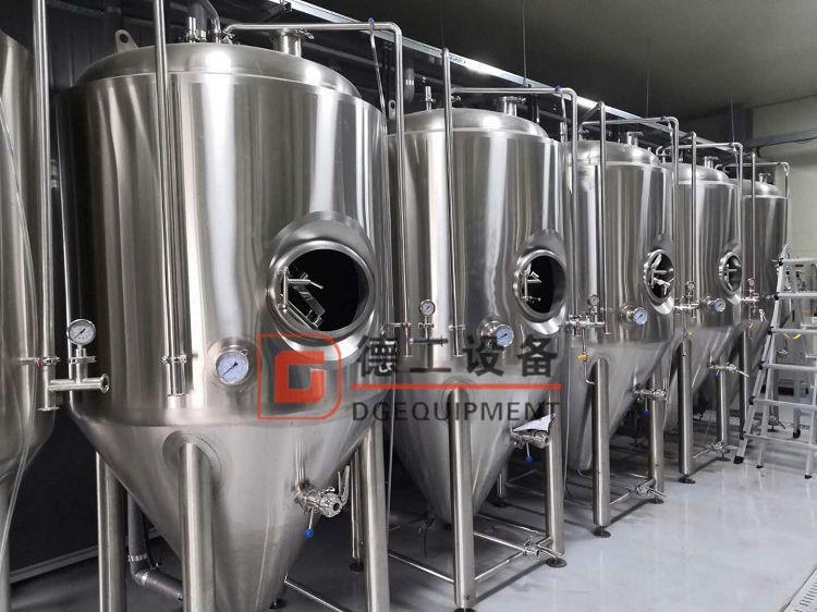 fermentation tanks01-min