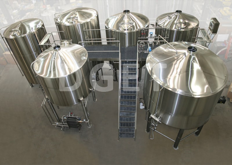 4-VESSLES BEER BREWHOUSE