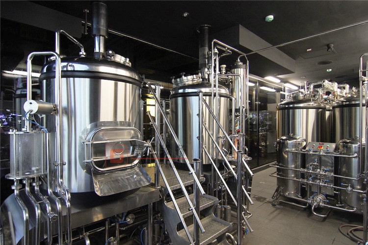 2-VESSLES BEER BREWHOUSE